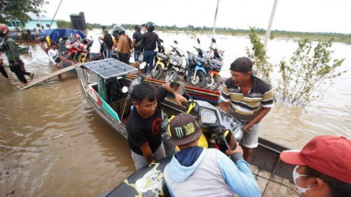 Kondisi banjir di kawasan Bukit Rawi, Pulangpisau, Kalteng, Rabu (22/9/2021).