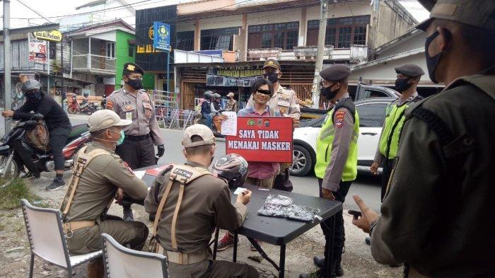Tak Pakai Masker, Puluhan Warga Terjaring Razia di Pasar Nusa Indah Angsana