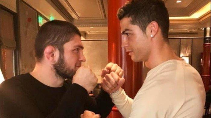 Ini Isi Curhat Cristiano Ronaldo ke Khabib Nurmagomedov, CR7 Ambil Alih Nomor Punggung Edison Cavani