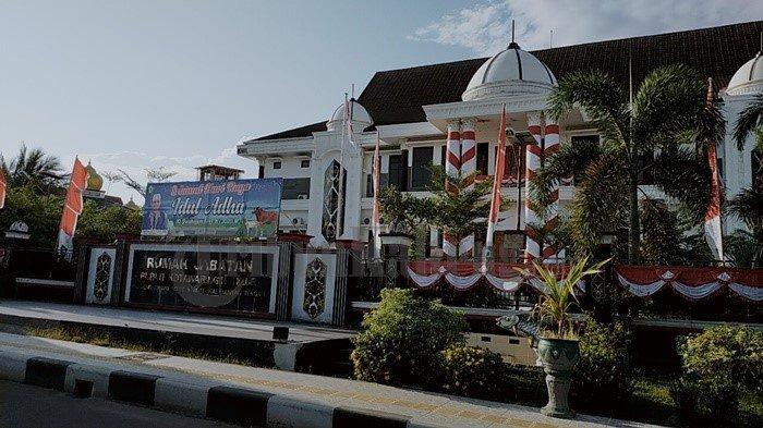 Diperiksa KPK, Pegawai Pemkab Kotim Cuma Bilang Bupat Supian Hadi Sedang di Jakarta
