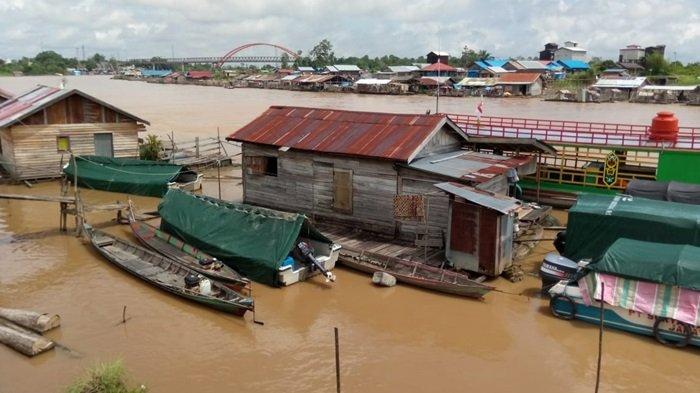 KaltengPedia - Profil Rumah Lanting Sungai Kahayan di Kota Palangkaraya Kalteng