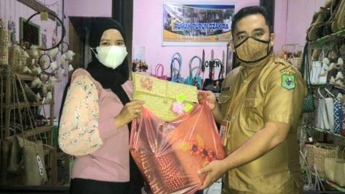 Disbudpora Kapuas Kalteng Bantu Promosikan Rumah Purun Dzakira di Medsos