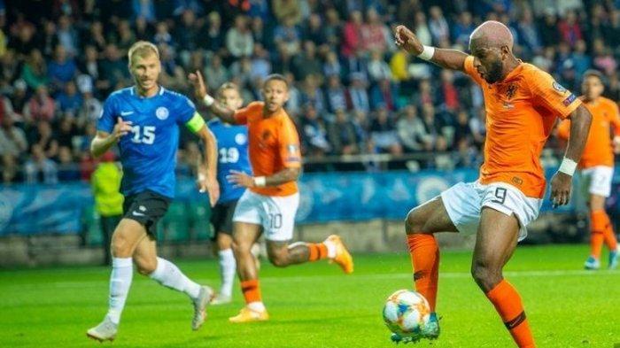 Kualifikasi Euro 2020 - Estonia Vs Belanda, 2 Gol dari Ryan Babel Bungkam Tuan Rumah, Skor Akhir 4-0