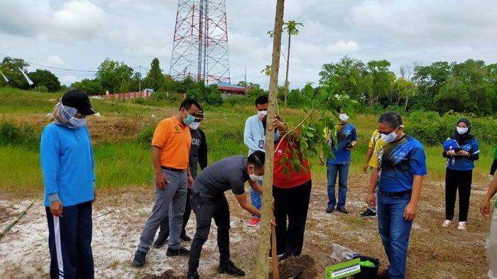 Cegah Banjir, Dinas Lingkungan Hidup Palangkaraya Gencarkan Penggunaan Metode Biopori di Masyarakat