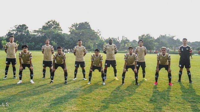 Skuad klub Liga 2 Dewa United FC, tim ini masih berburu pemain di posisi jenderal
