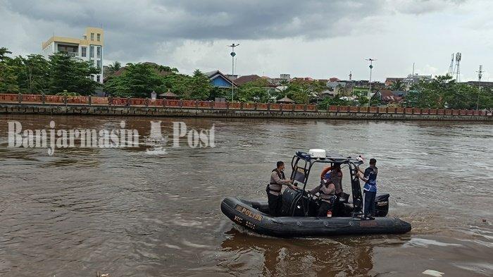 Geger Warga Banjarmasin Tenggelam di Sungai Martapura, Sempat Melambaikan Tangan