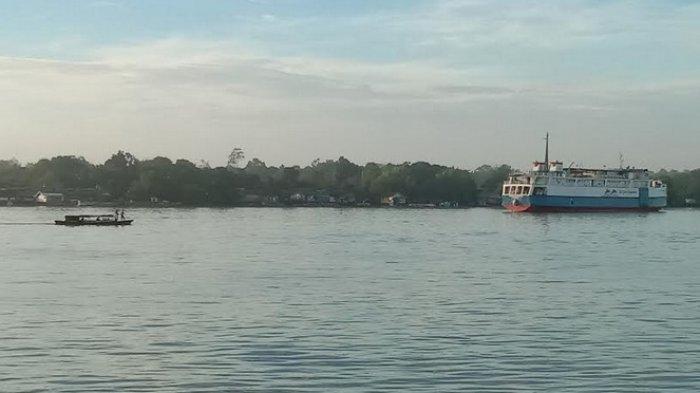 Sungai Mentaya Membelah Kota Sampit di Kabupaten Kotim Kalimantan Tengah, Kini Alami Pendangkalan