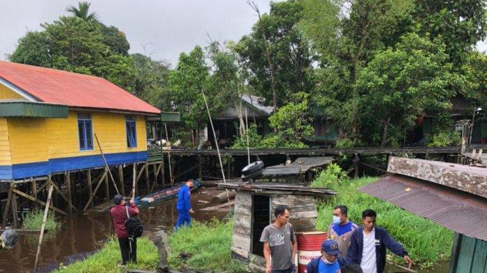 Tiga Rumah Lanting di DAS Mentaya Kotim Rusak Dihantam KM Cavalo Marinho 10