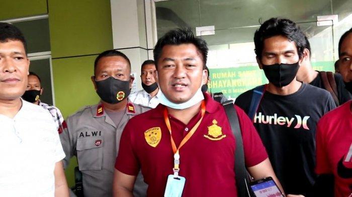 Jatuh dari Motor, Anggota Brimob Polda Sumatera Utara Ini Ditusuk Penolongnya