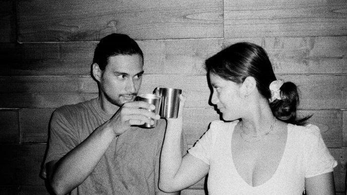 Pakai Tagar Married Tara Basro dan Daniel Adnan Umumkan Pernikahan Di Twitter