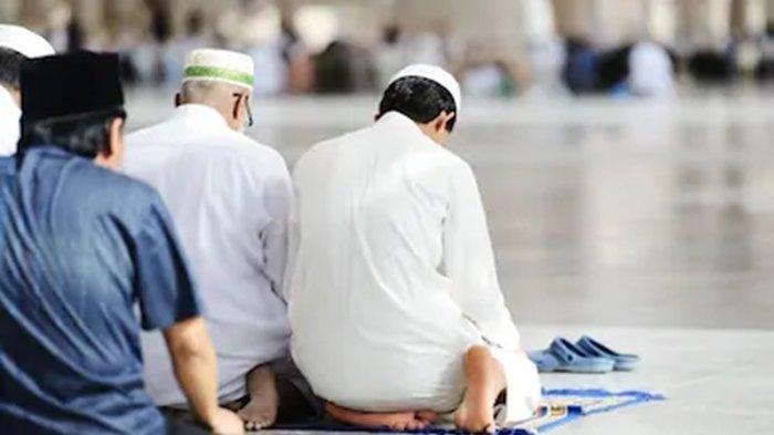 2.500 Jemaah Tarekat Naqsabandiyah Sumbar Malam Ini Tarawih, Besok Puasa Ramadhan 2021/1442 H
