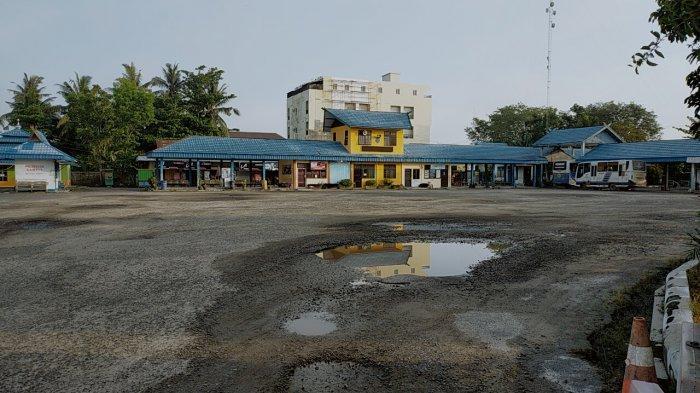 KaltengPedia - Terminal Bus Penumpang Patih Rumbih Sampit Kotim