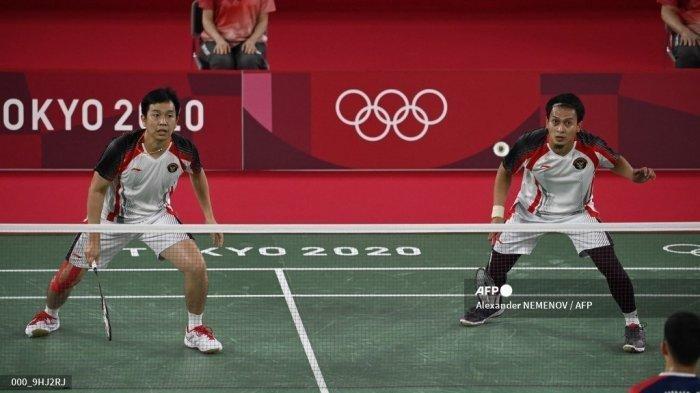 Hanya Berebut Perunggu, Ganda Putra The Daddies Ahsan/Hendra Kalah di Semifinal Olimpiade