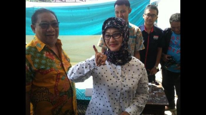 Masa Jabatan Masih Dua Tahun, Bupati Indramayu Anna Sophana Mendadak Mundur
