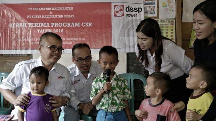 PT SKS Listrik Kalimantan dan PT SKS Beri Bantuan Buku ke PAUD