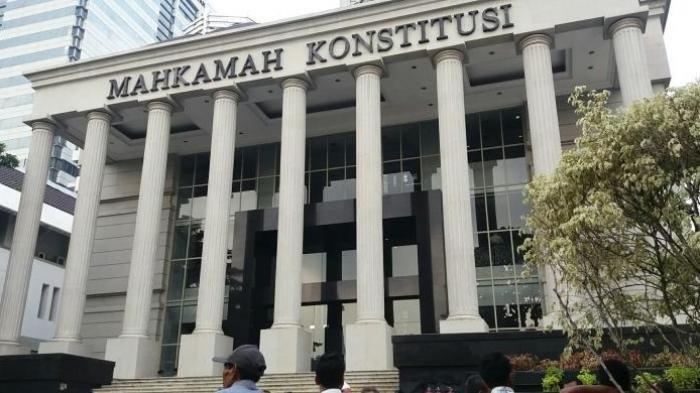 7 Poin Tuntutan Prabowo-Sandi di Mahkamah Konstitusi, Ini Peluangnya Menurut Mahfud MD