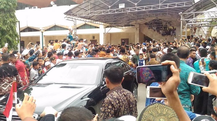 Pasukan Lebah Nyaris Serang Rombongan Presiden Joko Widodo
