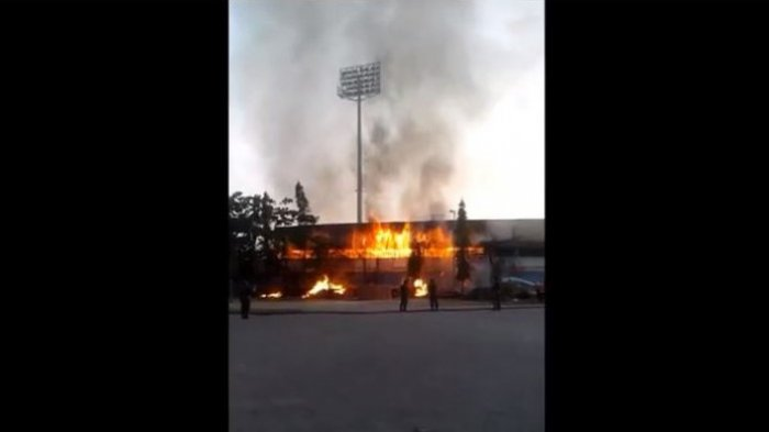 Kebakaran Stadion Surajaya Lamongan, Dua Tukang Menjadi Korban
