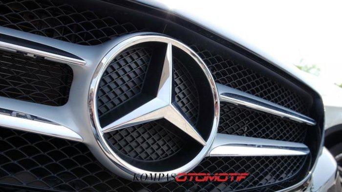 Masalah Sekering, Jutaan Mobil Mercedes Benz Ditarik
