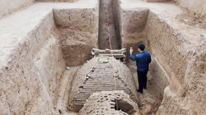Berbentuk Piramida, Makam Kuno Misterius Ditemukan di Tiongkok