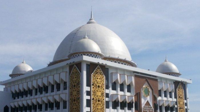 Dicap Sebagai Munafik, Ini Hukum Muslim yang Meninggalkan Sholat Jumat Tiga Kali Berturut-turut