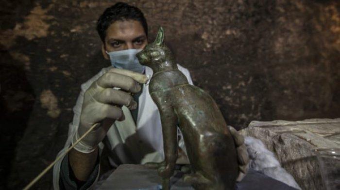 Puluhan Mumi Kucing Berusia 6000 Tahun Ditemukan Arkeolog Mesir dalam Sarkofagus