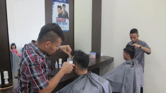 Kemenkes Buat Aturan Protokol Kesehatan untuk Salon dan Barbershop, Pengunjung Harus Begini