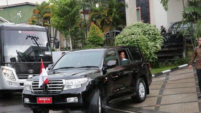 Tak Bawa Mobil Kepresidenan, Jokowi Naik Ini di Tanjung Selor