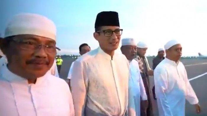 Sandiaga Uno Hadiri Haul Guru Sekumpul 2019, Sempat ke Bandung Sebelum ke Kalsel