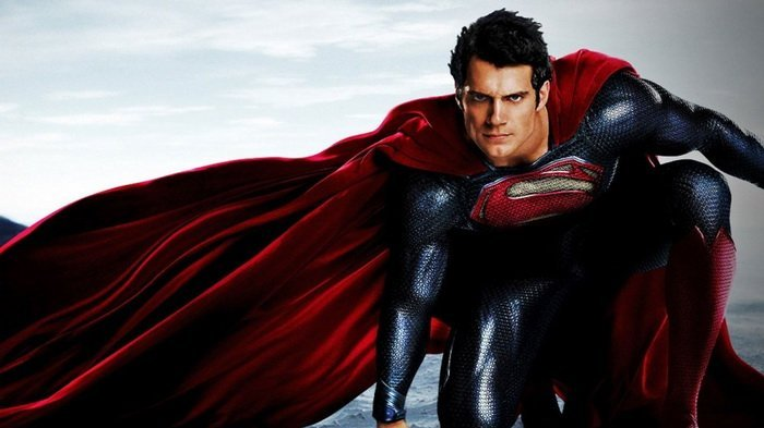 Aquaman Pastikan Henry Cavill Tak Lepas Jubah Superman