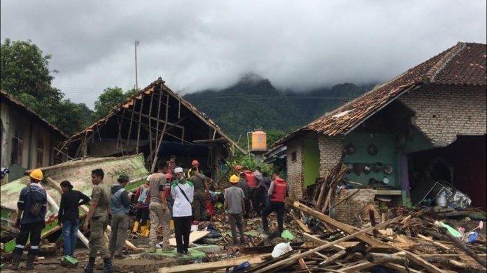 Tsunami Pantai Anyer, Ketinggian Gelombang Capai Lantai Dua Hotel