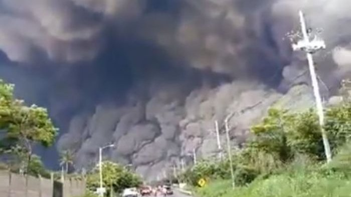 Video yang Dikabarkan Letusan Gunung Soputan Beredar, BNPB: Kok Begitu Tega Menyebarkan Kebohongan