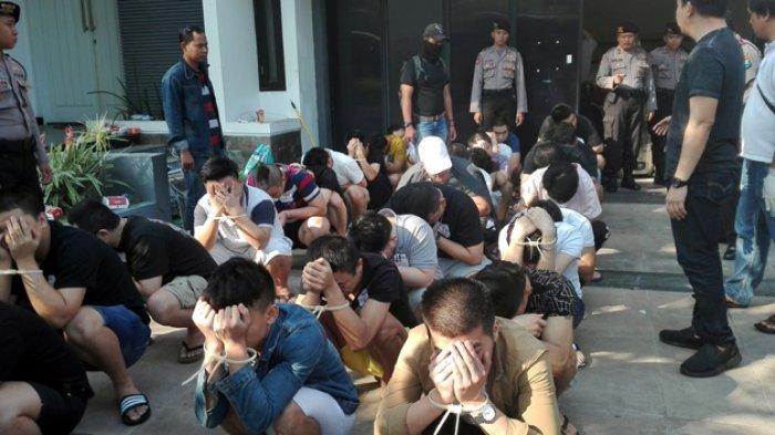 Pagi Ini, 93 WNA yang Terlibat Penipuan Online Dideportasi