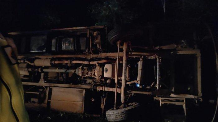 Bus JCH Asal Palangkaraya Terbalik di Pulangpisau
