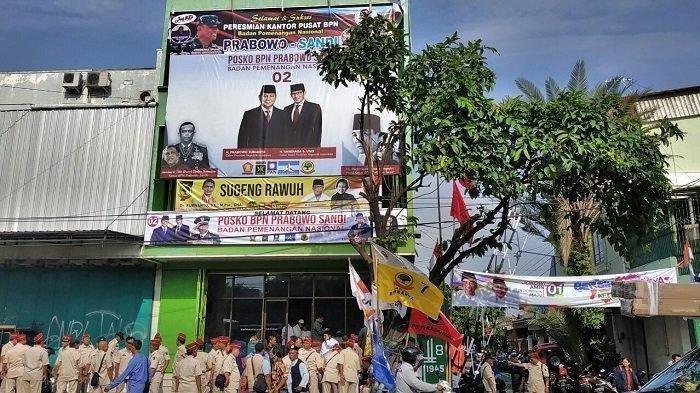 Ramai Gerakan Unfollow Akun Gatot Nurmantyo Setelah Protes Fotonya di Baliho Prabowo-Sandiaga