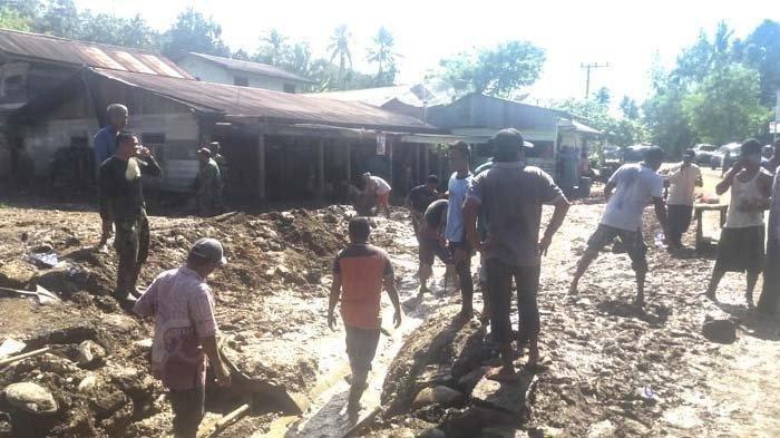 Ratusan Rumah Rusak dan 23 Hanyut Akibat Disapu Banjir Bandang