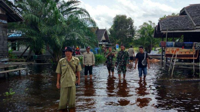 Setelah Barito, Kini Desa Tambak Bajai Kapuas Mulai Terendam