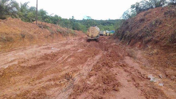 53 Km Jalan Pelantaran-Parenggean Rusak Berat, Ini Kata Kadis PUPR Kalteng