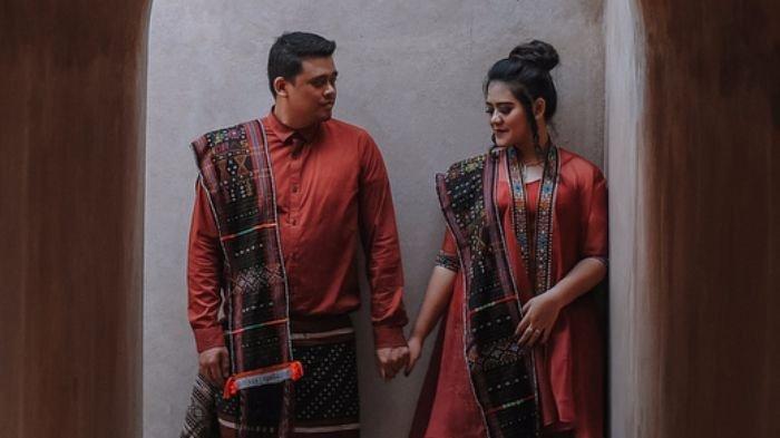 LIVE STREAMING: Pernikahan Kahiyang Ayu-Bobby, Hajatan Ala Orang Kampung