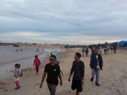 Pantai Ujung Pandaran Diserbu Ribuan Pengunjung