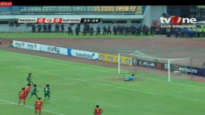 LIVE STREAMING: Persebaya Bobol Gawang Martapura FC dari Titik Finalti