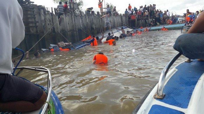 Bawa 48 Penumpang, Speedboat Anugerah Express Tanjung Selor-Tarakan Terbalik