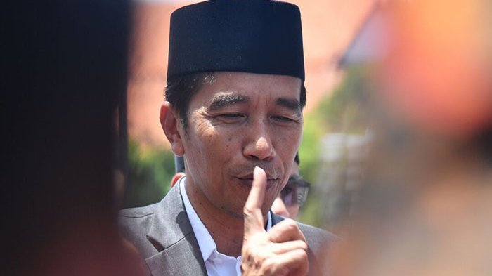 Beredar di Medsos Pemerintah akan Stop Tunjangan Profesi Guru, Presiden Jokowi Bilang Begini