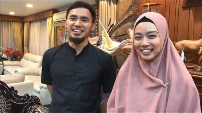 Sang Ibu Merasa Dijebak Hingga Syok, Ini Fakta Pernikahan Lindswell Kwok-Achmad Hulaefi