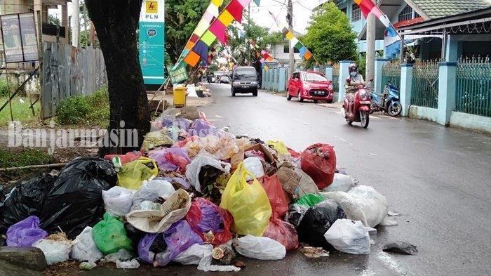 Sekda Banjar Keluarkan Instruksi Ini untuk Tangani Sampah yang Membeludak di Martapura