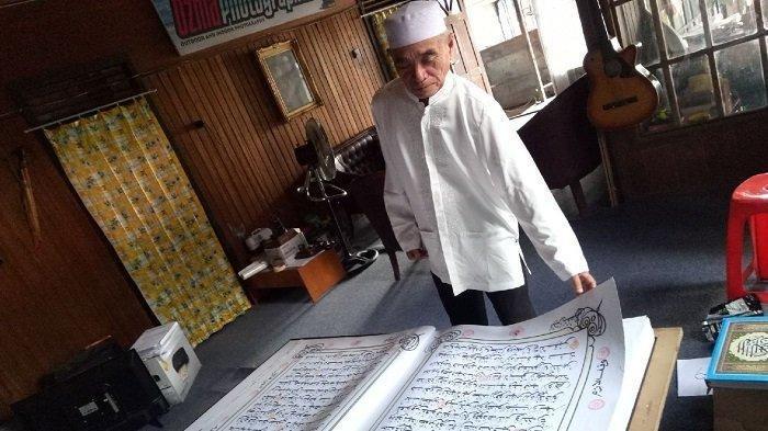 Alquran Jumbo di Kandangan HSS, H Yusri Fauzi Terdorong Menulisnya Setelah Mendapat Ujian Ini