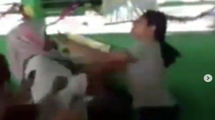 Orangtua Siswa Keroyok Guru SD Sampai Luka, Gara-gara Teman Duel Anak Tidak Dihukum