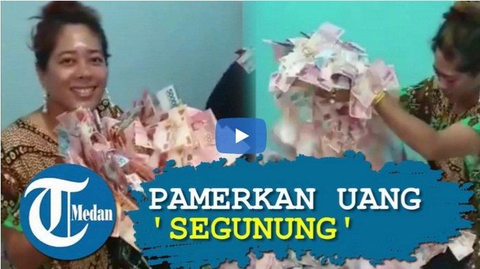 Heboh Perempuan Berdaster Pamer Uang 'Segunung', Mana Artis yang Pamer Saldo ATM?