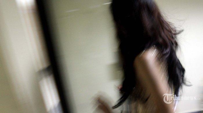 Pria Kirim Foto Alat Vitalnya ke Waria, Balasannya Bikin Geram Sang Pengirim Sampai Minta Blokir