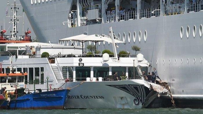 VIDEO: Kapal Pesiar Tabrak Dermaga di Venesia, Turis Asing Berlarian Menyelamatkan Diri